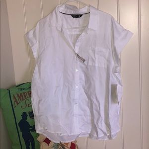 NWT Riders White Button Up Top